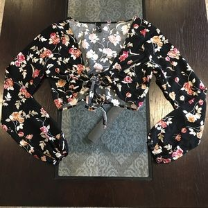 Black floral tie front crop top
